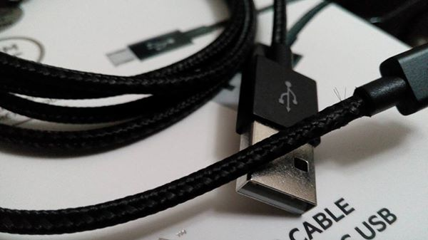 Belkin Mixit Cable.. the only cable you will ever need for your Android Device